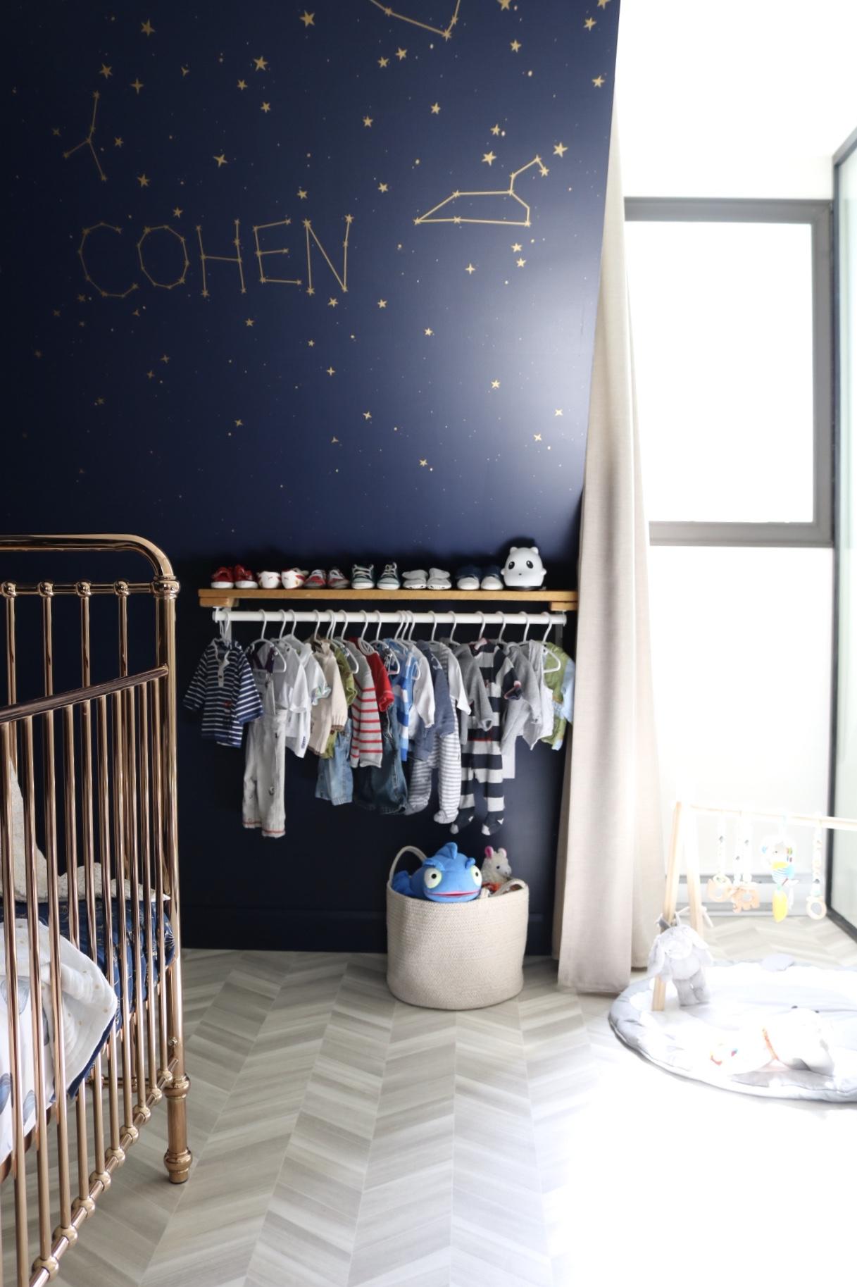 Réalisation design d'intérieur résidentielle La nocturne chambre bébé autocollant mural ETC 2019
