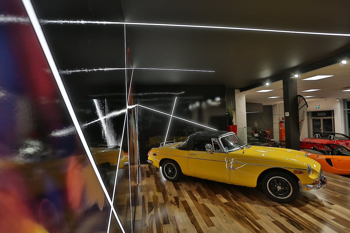 EXO Automobiles salle de montre 4 Struktura design 2020